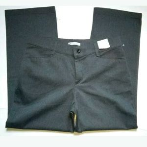 Lee Relaxed Fit at the Waist Womens 14 Short Jeans